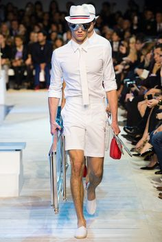 Moncler Gamme Rouge Spring 2013 Ready-to-Wear Fashion Show