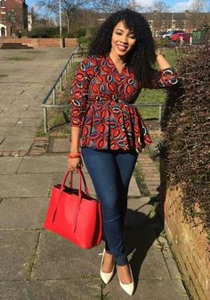 African Outfits, African Wear, African Print Fashion, African Prints, Africa Rocks, Ankara Tops, Kitenge, Dresses Online, Afro