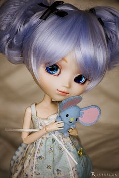 Two Little Blue Mice by Rinoninha, via Flickr