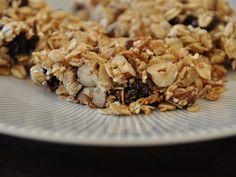 DIY-Anleitung: Müsliriegel mit Erdnussbutter backen via DaWanda.com