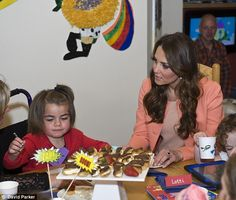 Duchess of Cambridge goes solo for her second wedding anniversary at Naomi House Children's Hospice   Mail Online