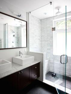 dusche vor dem fenster bad pinterest fenster badezimmer und b der. Black Bedroom Furniture Sets. Home Design Ideas