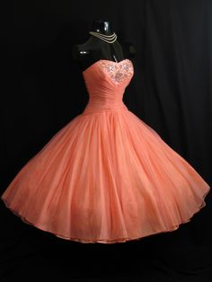 Vintage Vortex 50s Prom Dress...I'd wear this all the time