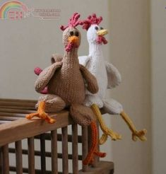 Knitted Chicken - free pdf pattern