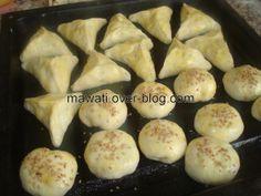 La pâte magique au yaourt - Le blog de mawati.over-blog.com Beignets, Yogurt Recipes, Ramadan, Biscuits, Buffet, Caramel, Sandwiches, Bakery, Food And Drink