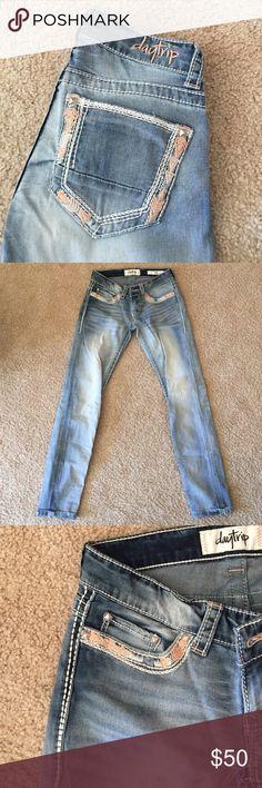 Daytrip light washed skinny Daytrip • tribal stitching • light wash • like new Daytrip Jeans Skinny