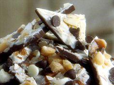 White Chocolate Macadamia Nut Bark Recipe : Sandra Lee : Food Network - FoodNetwork.com- delicious recipe!