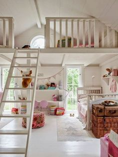 Loft spaces for kids house mezzanine bedroom, kids room, lof Mezzanine Bedroom, Bedroom Loft, Girls Bedroom, Loft Room, Attic Loft, Loft Playroom, Childrens Bedroom, Bedroom Decor, Attic Bedrooms