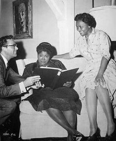 """Juanita Moore the actress from the 1959 movie """"Imitation of Life"""" died in Los Angeles January 1, 2014 at the age of 99.  I never knew her name but loved her in that movie..hated the movie, liked her."""