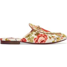 Gucci for NET-A-PORTER Horsebit-detailed floral-print canvas slippers ($595) ❤ liked on Polyvore featuring shoes, slippers, flats, gucci, scarpe and white