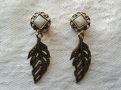 """Pearlescent White Gold Tone Feather Victorian Style Boho Dangle Wedding Plugs Gauges Size: 2g, 0g, 00g, 1/2"""", 9/16"""", 5/8"""" by PorcupineSpines, $30.00"""