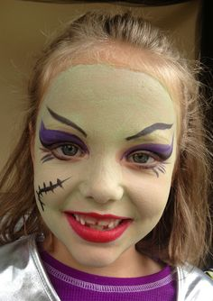 Monsters High facepaint Outdoor Halloween, Halloween Fun, Halloween Makeup, Halloween Decorations, Monster High Makeup, Monster High Party, Cumple Monster High, Face Painting Designs, Body Painting