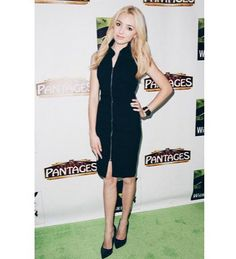 """Photo: Peyton List So Gorgeous For """"Wicked"""" At The Pantages Theatre December 11, 2014"""
