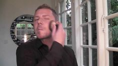 Wayne Goss is my favorite when it comes to makeup in general, but excellent for men's makeup as well! Curl Lashes, Male Makeup, Skin Makeup, Makeup Film, Foundation For Men, Mineral Foundation, Designer Stubble, Becoming A Makeup Artist, Make Up