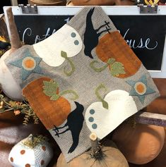 At 1894 Cottonwood House you will find Primitive Patterns for Wool and Needle Punch, Vintage Flash Cards, Pantry Pillows and an unique line of Primitives. Primitive Patterns, Primitive Folk Art, Primitive Decor, Wool Applique Patterns, Quilt Patterns, Applique Cushions, Applique Ideas, Applique Quilts, Quilting Ideas