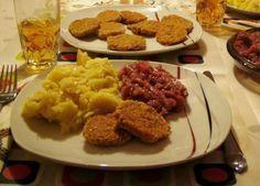 Zöldséges zabpehely fasírt Mashed Potatoes, Chicken, Ethnic Recipes, Food, Whipped Potatoes, Smash Potatoes, Essen, Meals, Yemek