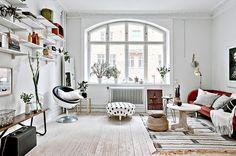 pufa w kropki       mieszkanie w skandynawskim stylu