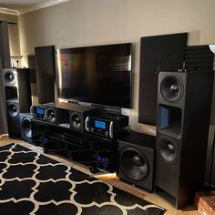 Home Theater Sound System, Home Cinema Systems, Home Theatre Sound, Home Theater Setup, Cinema Room, Cinema Theater, Best Hifi, Living Room Home Theater, Yurts