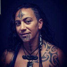Maori tattoos – Tattoos And Badass Tattoos, Head Tattoos, Love Tattoos, Tattoos For Women, Maori Face Tattoo, Maori Tattoos, Short Hair Designs, Maori People, Scale Tattoo