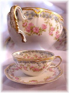 ANTIQ HAVILAND LIMOGES 271 CUP AND SAUCER ROSES BLUE FORGET ME NOT DOUBLE GOLD A
