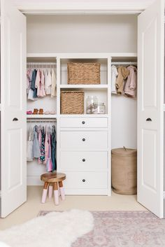These kid's closet organization ideas are designed to keep little one's clothes, accessories and toys in their places while growing with them, and we're giving you free plans to build this to fit almost any closet using a Kreg Jig Pocket Hole System. Build A Closet, Kid Closet, Closet Bedroom, Closet Space, Kids Bedroom, Closet Ideas, Bedroom Ideas, Closet Built Ins, Built In Wardrobe