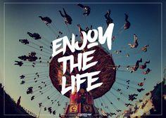 Disfruta la vida. Enjoy the life - Frases Coffee Print
