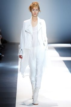 Ann Demeulemeester - Spring Summer 2015 Ready-To-Wear - Shows - Vogue.it