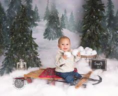 Baby Christmas Photos, Christmas Photo Booth, Christmas Portraits, Christmas Mini Sessions, Toddler Christmas, Christmas Scenes, Christmas Minis, Christmas Settings, Christmas Photo Cards