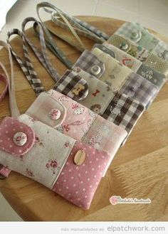 18 Ideas For Patchwork Artesanato Tecido Small Sewing Projects, Sewing Hacks, Fabric Crafts, Sewing Crafts, Bag Quilt, Pochette Portable, Diy Sac, Purse Patterns, Quilted Bag
