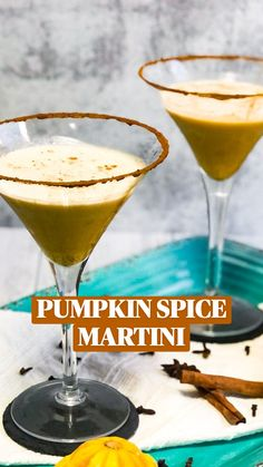 Fall Drinks Alcohol, Fall Cocktails, Alcohol Drink Recipes, Holiday Drinks, Cocktail Drinks, Fun Drinks, Yummy Drinks, Alcoholic Drinks For Fall, Beverages