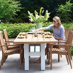 Teakhouten meubelen van Hartman. De Arabella in combinatie met de Yasmani tafel.