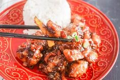 Slow Cooker General Tso's Chicken | Make a Chinese takeout favorite in your slow cooker! Slow Cooker Times, Slow Cooker Chicken, Slow Cooker Recipes, Easy Restaurant, Restaurant Recipes, Dinner Recipes, Best Thanksgiving Side Dishes, Easy Thanksgiving Recipes, Stew Chicken Recipe