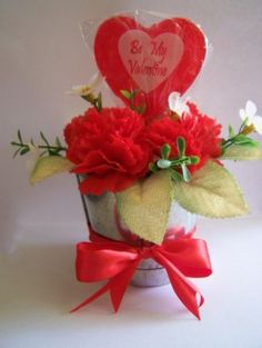 Be My Valentine Floral Gift  Make this cute little gift for your Valentine or use as a centerpiece