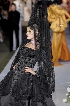 seaborder:    John Galliano for Christian Dior Fall Winter 2007 Haute Couture