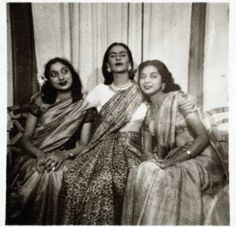 Frida with sisters Pandit , circa 1947 Courtesy Frida Kahlo , eternamente Frida