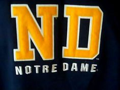 Notre Dame Fighting Irish Russell Mens XL Blue Gold Sweat Shirt Cotton Polyester #Russell #SweatshirtCrew