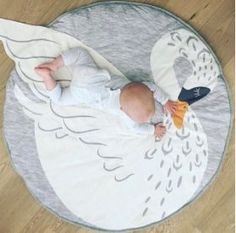 Swan Playmat - would love this for the nursery!