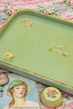 Vintage Home - 1920s Floral Crackle Painted Tray.