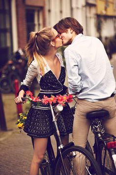 Hope they're practicing safe cycling! My boyfriend said he would never ride a bike.......this would be cute though!