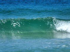 «#вода на пляже отеля #vinpearl #vietnam #hontreisland #travelgram #traveling #sea #азия #погода#waves #mothernature #винперл #путешествие #вьетнам #east…»
