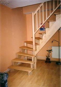 Helytakarékos bükk fa lépcső