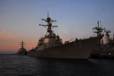 U.S. guided missile destroyer USS Mahan