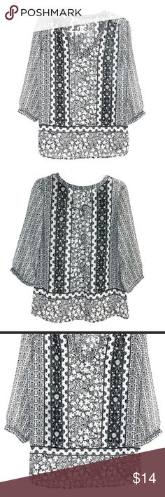 d8d4064f4 Old Navy Sheer Pullover Blouse Super cute everyday popover blouse in a  black and white floral