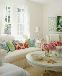 Cozy Little House: Cozy Comfy Living Spaces