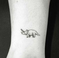 """By ok done at west 4 tattoo """"pinned tattoos Mini Tattoos, Black Tattoos, Body Art Tattoos, New Tattoos, Small Tattoos, Armband Tattoos, Paar Tattoos, Tatuajes Tattoos, Tattos"""