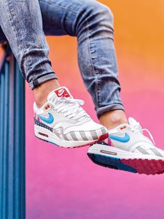 Nike Air Max 1 Parra - 2018 (by nikkivantoorn) Sneaker Outfits, Nike Outfits, Mens Casual Dress Outfits, Converse Sneaker, Puma Sneaker, Sneakers Mode, Air Max Sneakers, Sneakers Fashion, Nike Sneakers