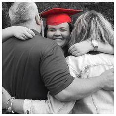 Grad pic with parents #senior #graduation #pictures