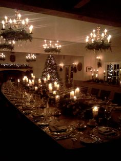 34 best christmas dinner table images christmas time holiday rh pinterest com
