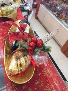 Ζαχαροπλαστείο Μελίνα Gift Wrapping, Table Decorations, Gifts, Furniture, Home Decor, Paper Wrapping, Presents, Room Decor, Wrapping Gifts