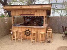 Ideas For Backyard Pool Bar Yards Pool Bar, Deck Bar, Patio Bar, Outdoor Tiki Bar, Outdoor Kitchen Bars, Outdoor Kitchen Design, Outdoor Bars, Outdoor Kitchens, Outdoor Cabana